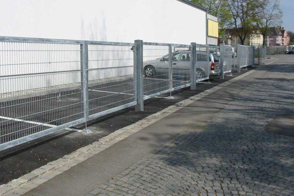 Draht-Haecker-Tore-Industrietore-Tore-in-Reihe-2